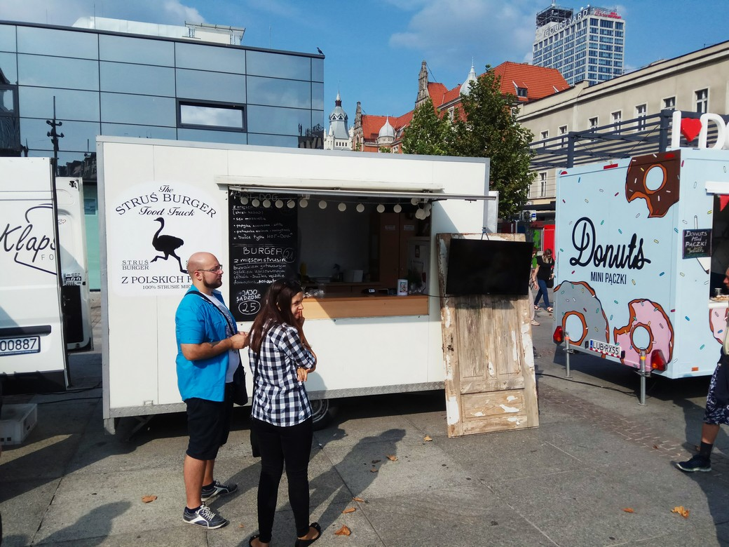 test struś burger food truck