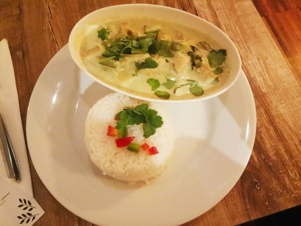 bangkok by lime leaf curry